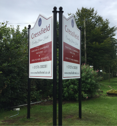 image of free standing v-shaped sign for ecclefechan hotel